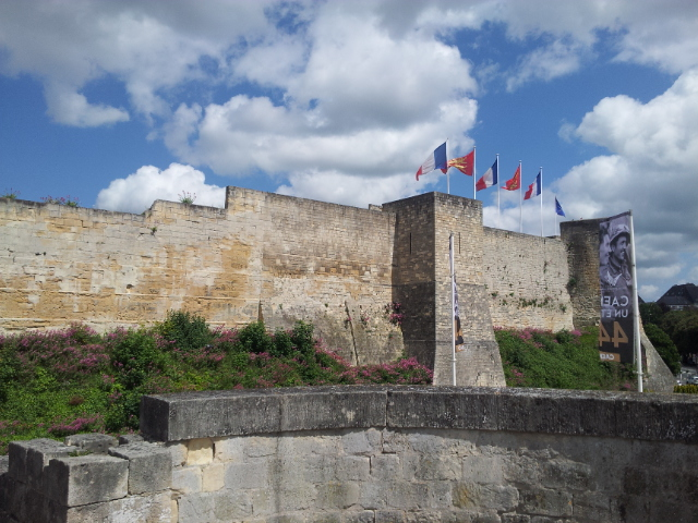 Le château de Guillaume le conquérant - the main structure in Caen, one of the top attractions housing multiple museums.